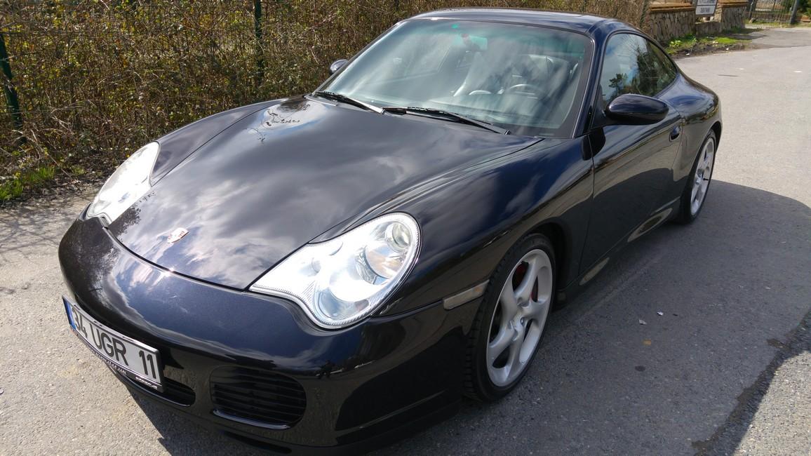 Porsche 911 Carrera 4S (2003)