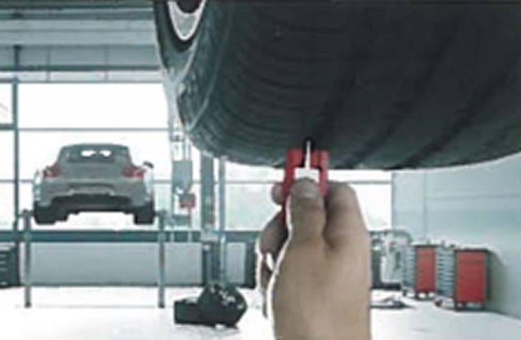 Porsche onaylı lastik kullanılır